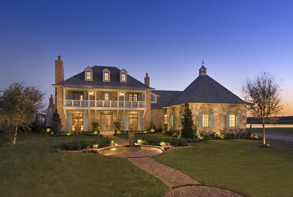 Acadian home architectural style