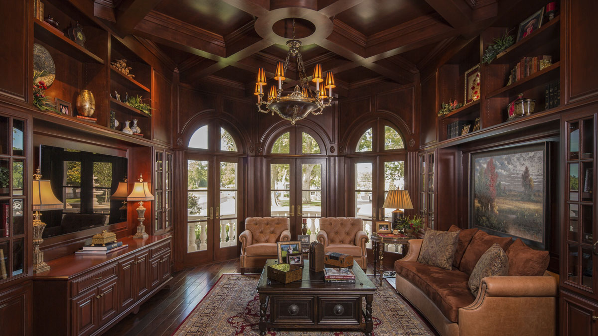 lakeside luxe library