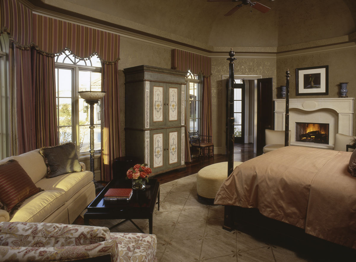 italianate mediterranean bedroom