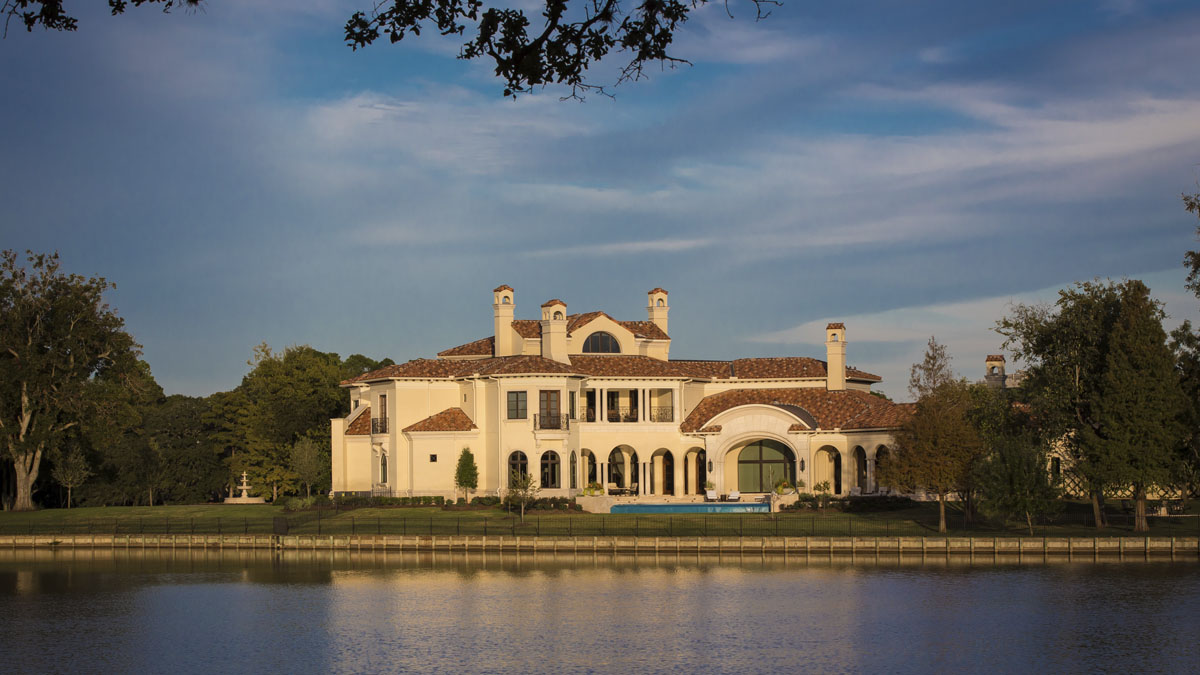 lakeside luxe exterior view