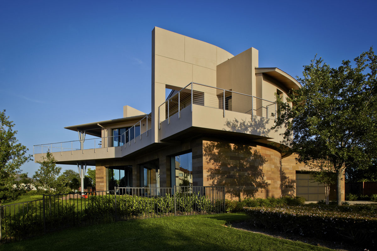 lakefront modern house