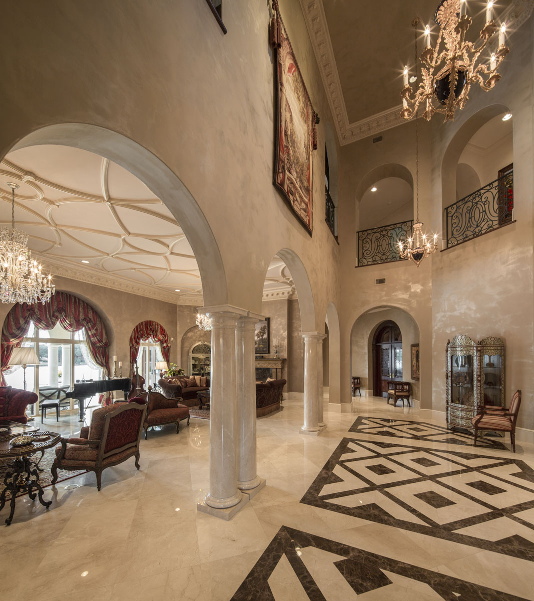 lakeside luxe entryway