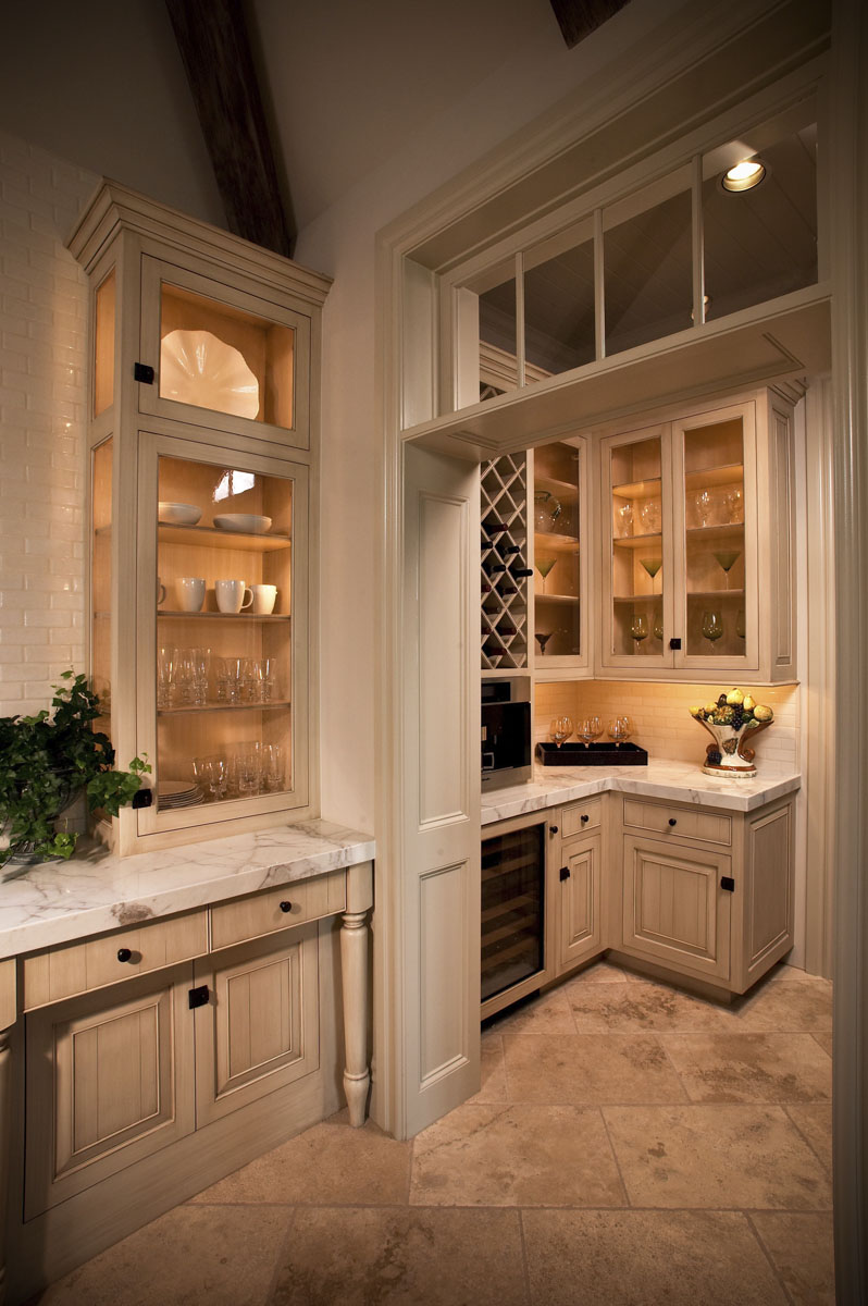 custom louisiana acadian kitchen