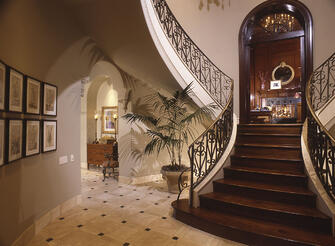 houston custom sweeping staircase