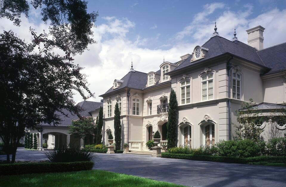 French chateau home architecture style
