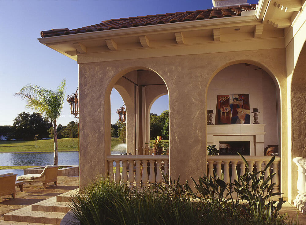 custom home exterior patio