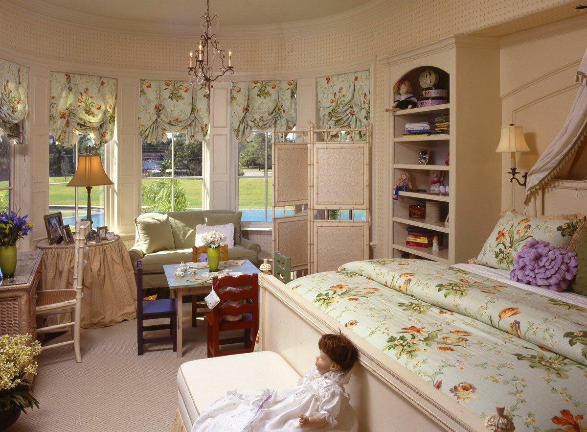 italianate mediterranean childs bedroom