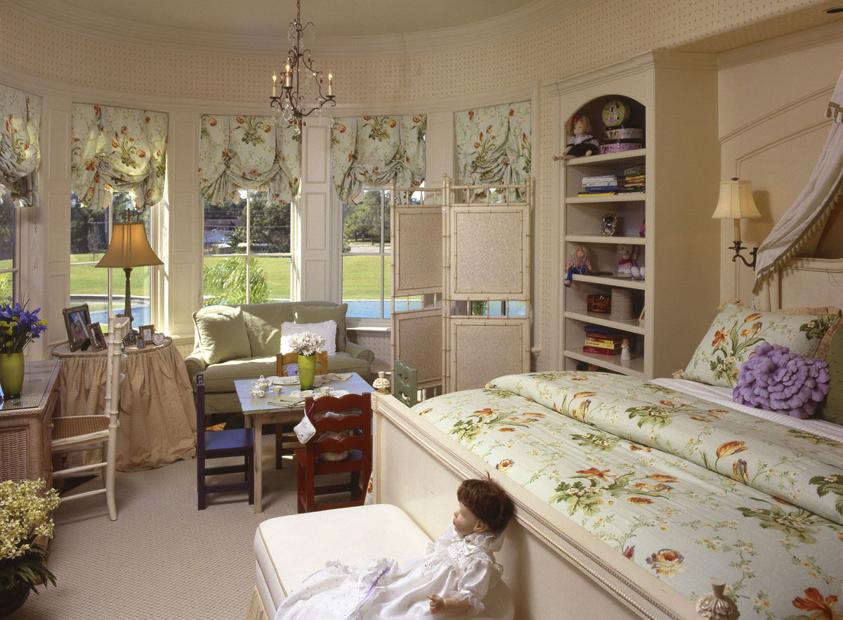 italianate mediterranean childs bedroom