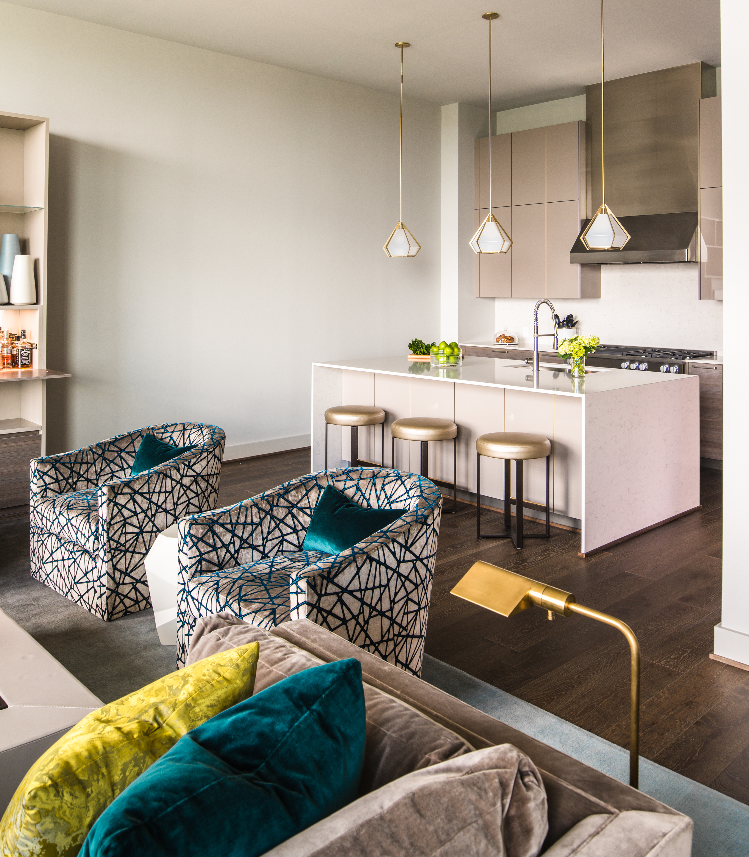 Bold Colors with Neutral 3