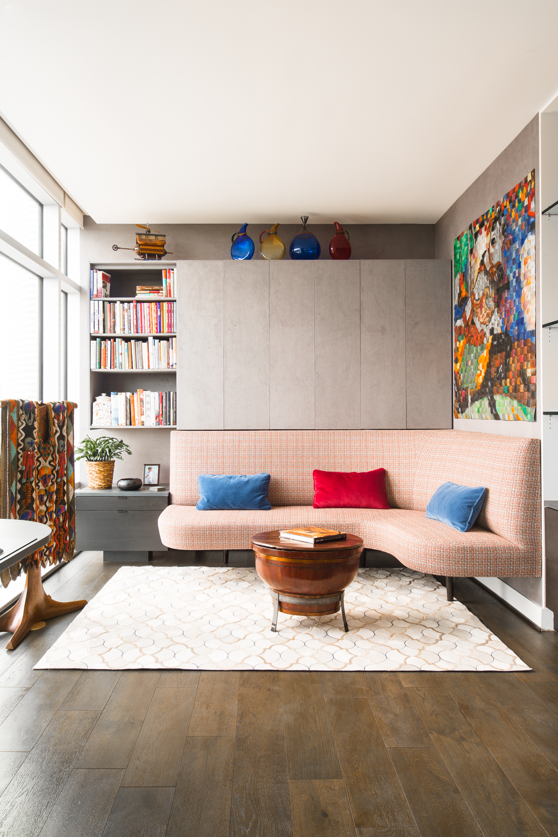 Bold Colors with Neutral 5