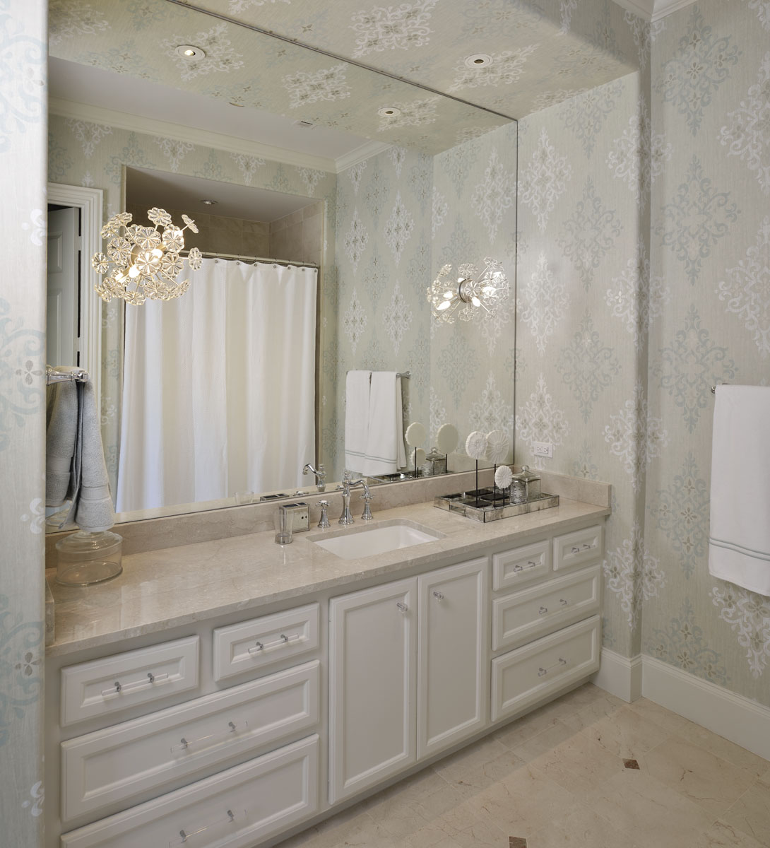 french manor bathroom
