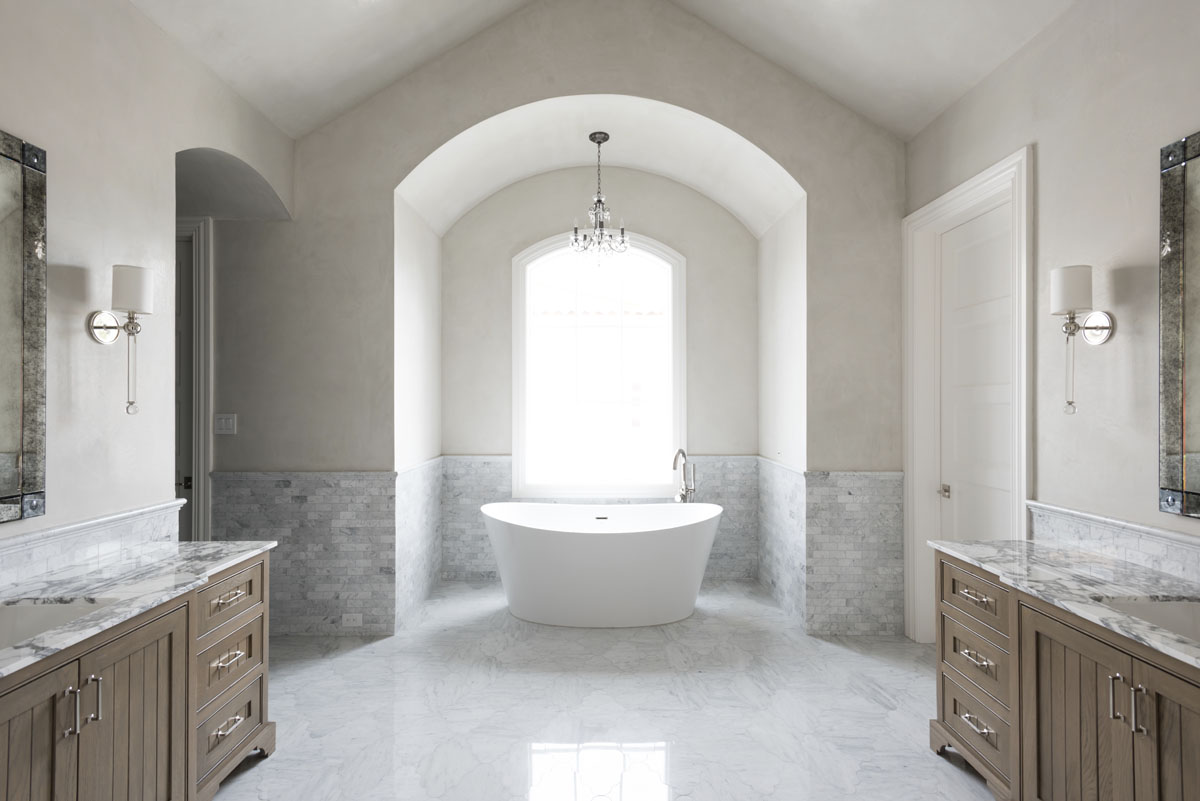 custom english country bathroom