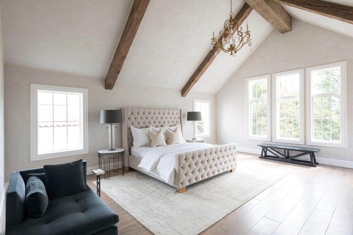 custom english country bedroom
