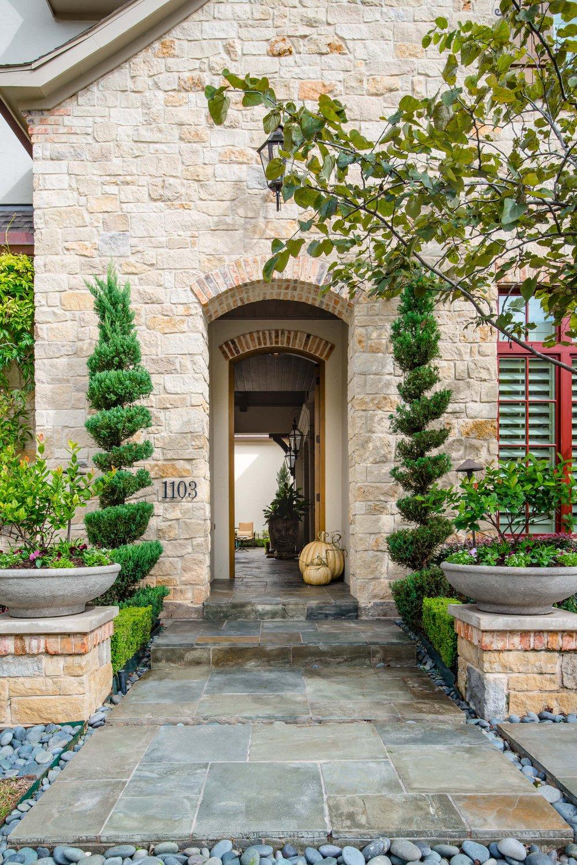 custom home archway