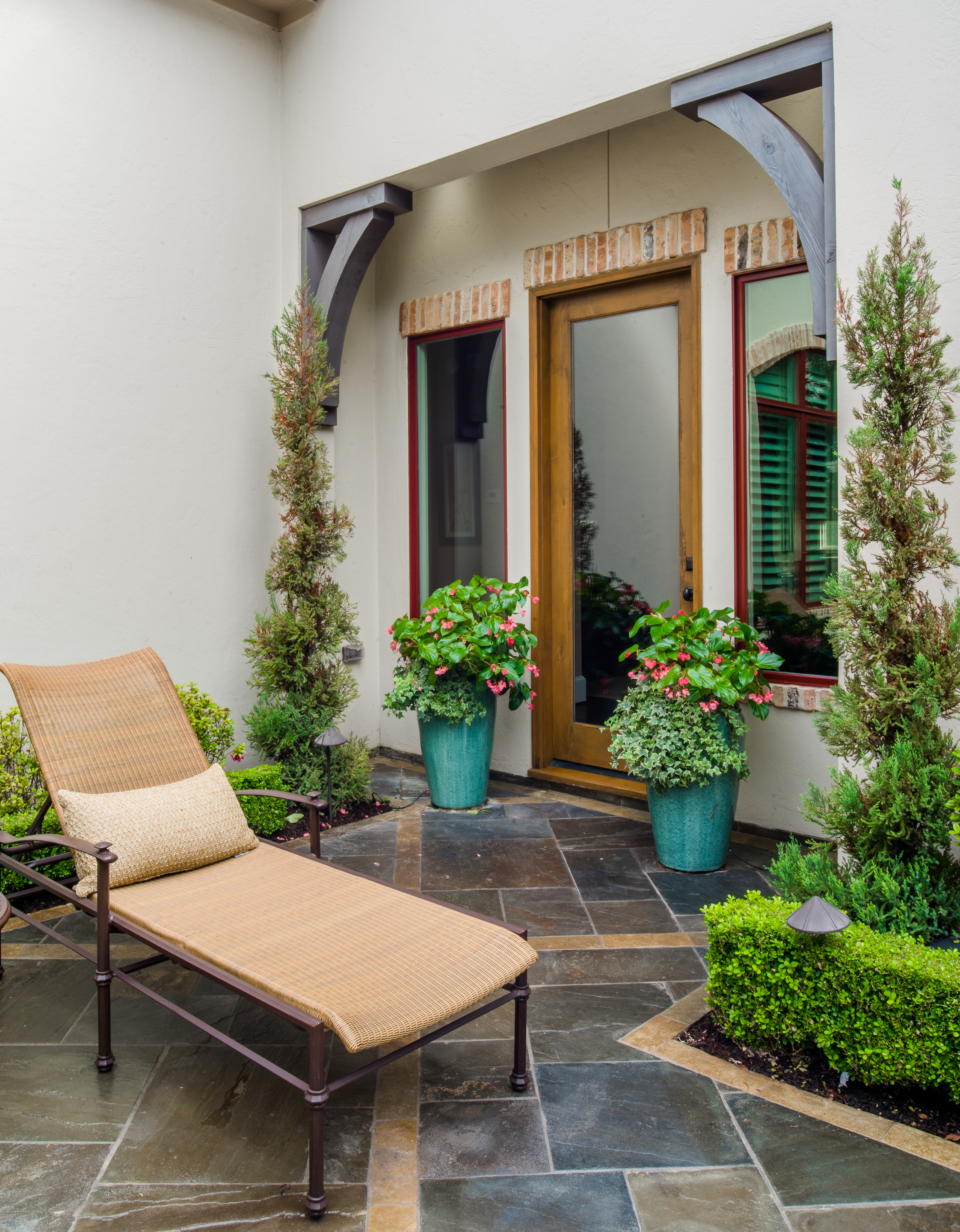 spring outdoor home maintenance