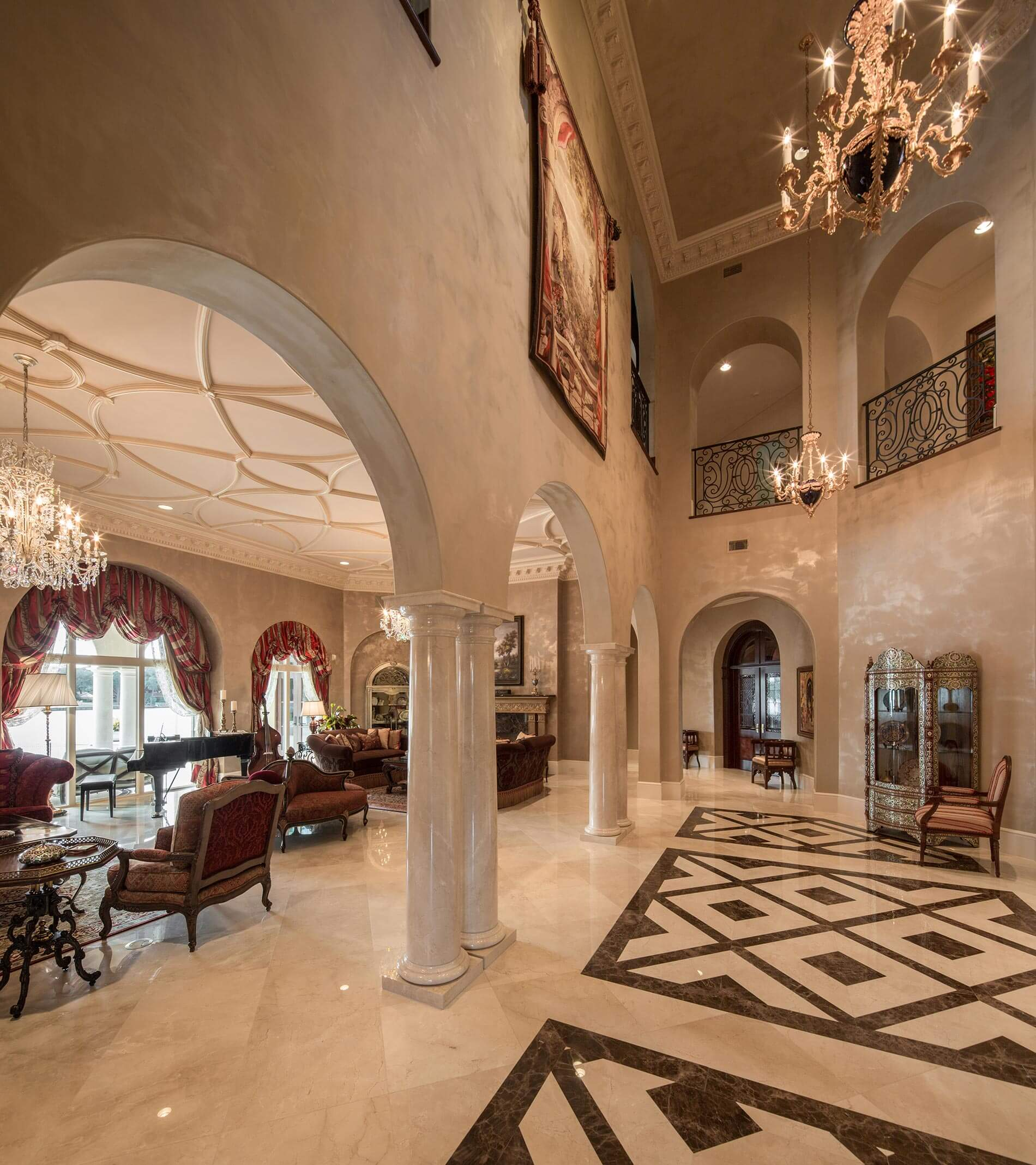 lakeside lux entryway
