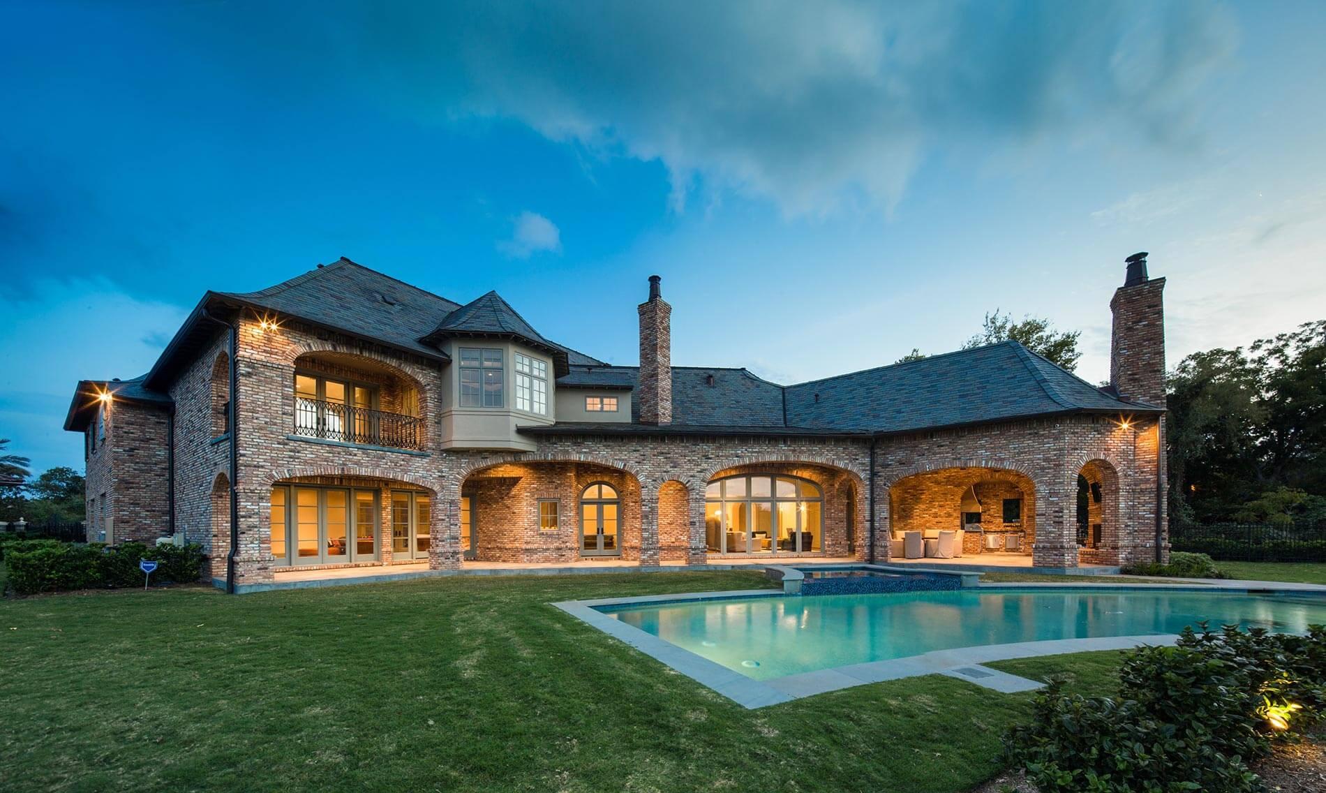 luxury home backyard houston