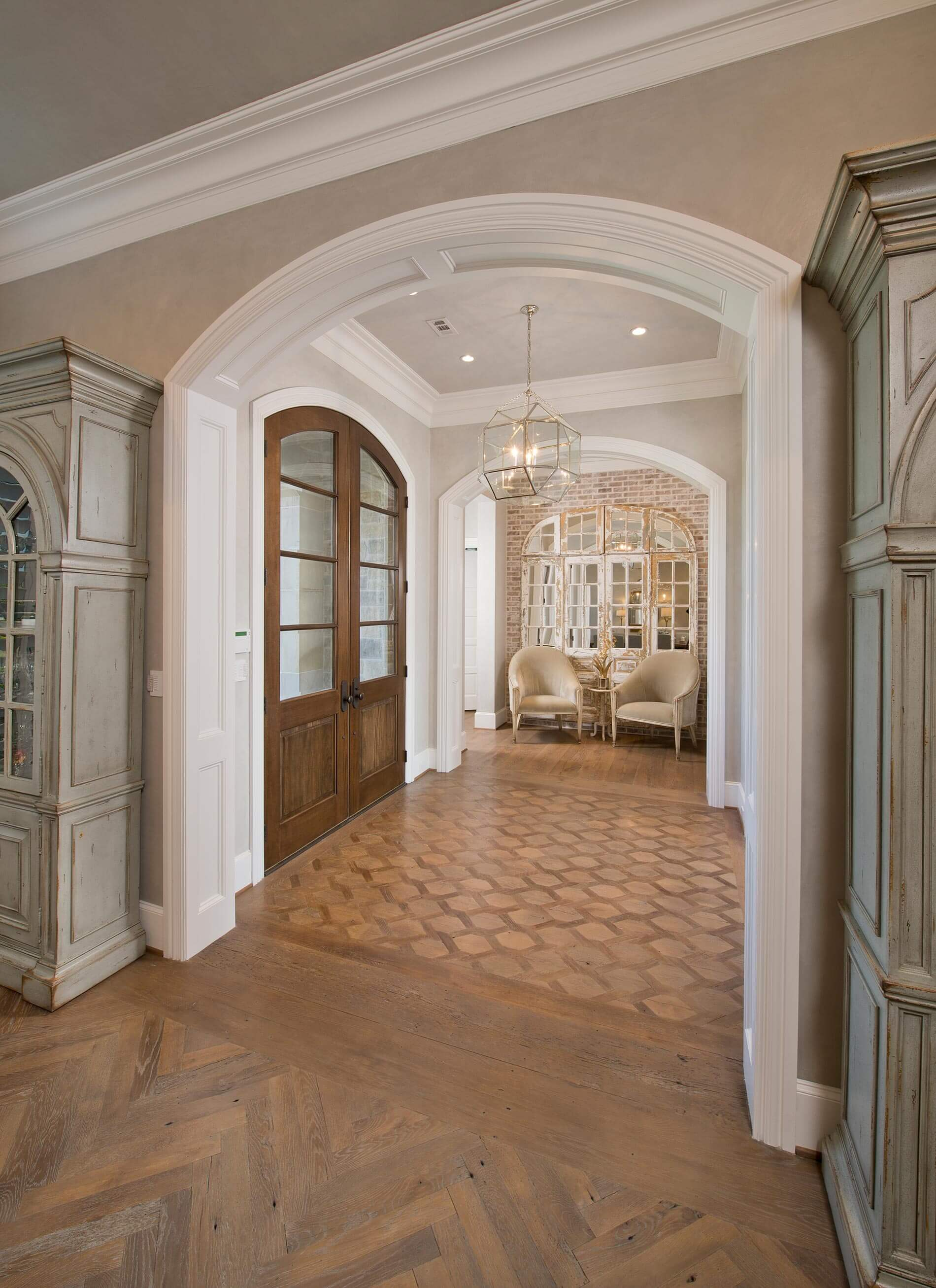 Foyer french country