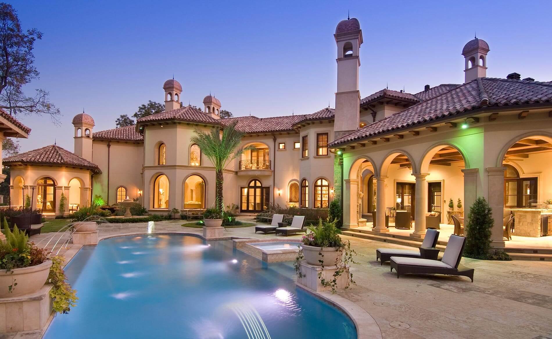 luxury home outdoor
