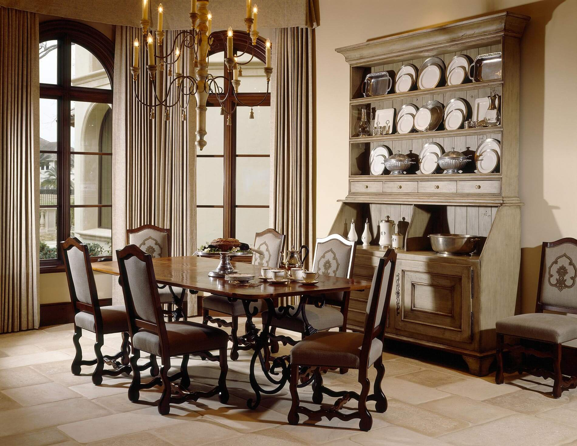 custom luxury dining room