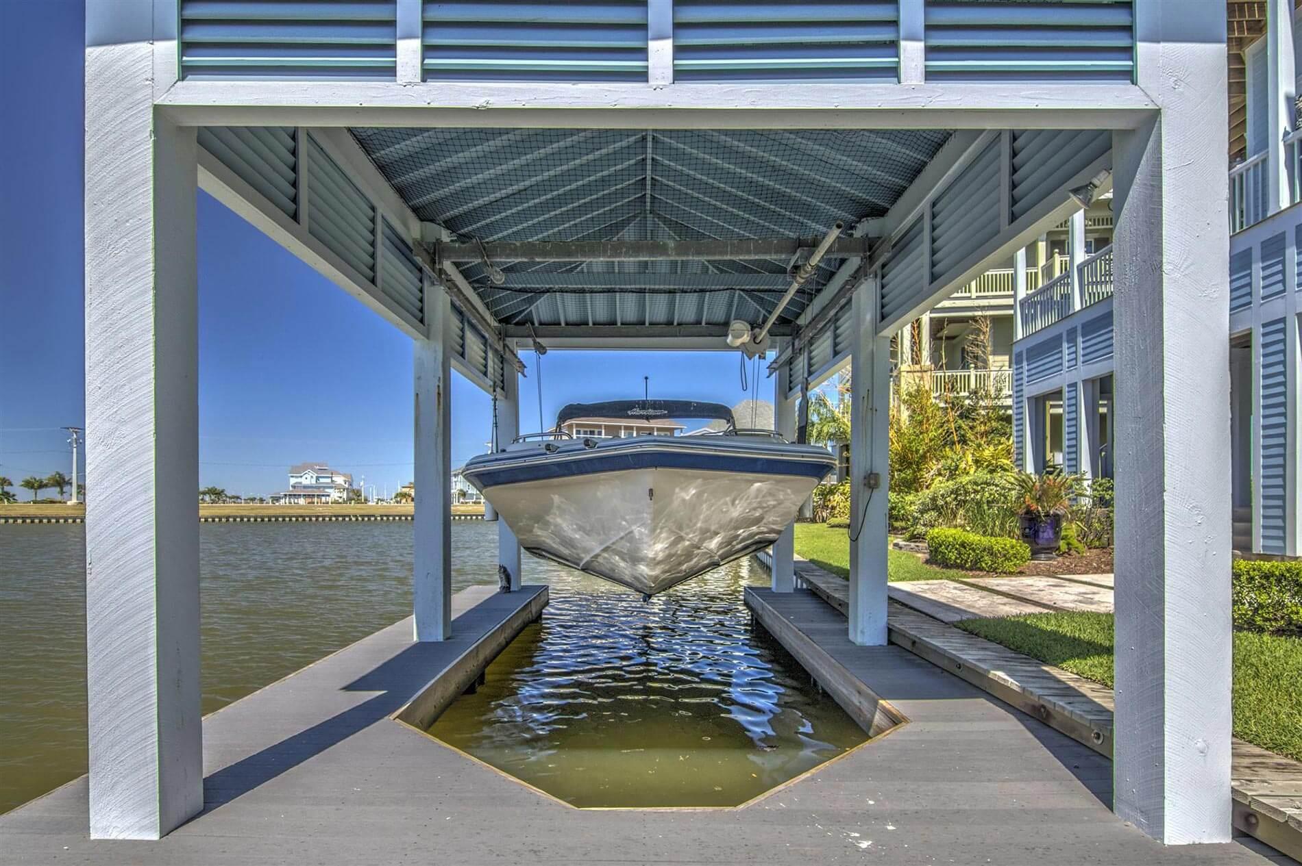 victorian bayhome lake boat