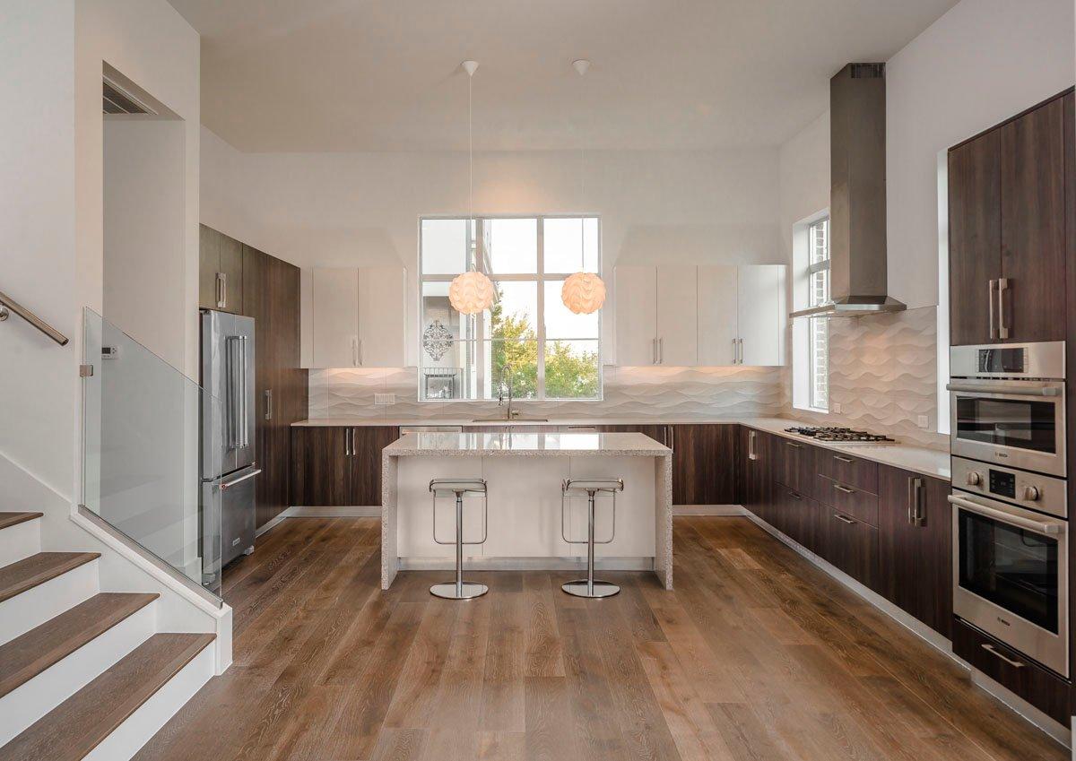 luxury townhome kitchen