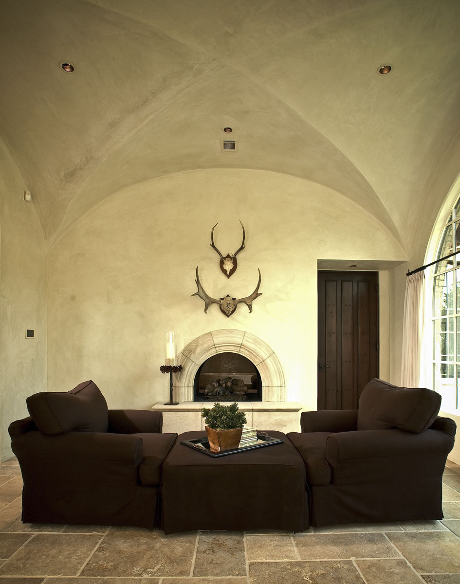 custom tuscan villa den couches