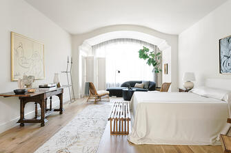 Tanglewood english manor bedroom