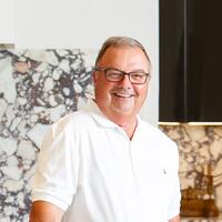 sims luxury homes construction manager bob daigle